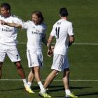 «Реал» намерен продлить контракты с Роналду, Бэйлом и Модричем